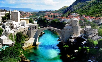 Uçakla Balkanlar Turu
