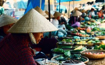 Sabiha Gökçenden Vietnam Turu 2