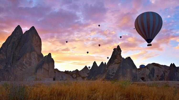 1 Mayıs Uçakla Butik Kapadokya Turu