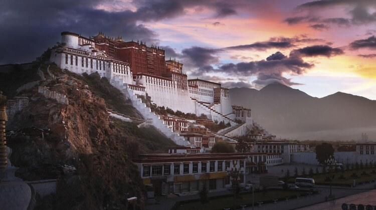 Çin Nepal Tibet Turu