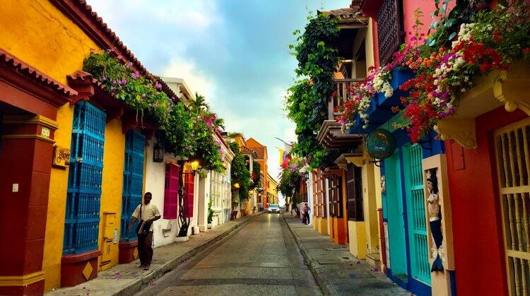 Peru Kolombiya Panama Turu