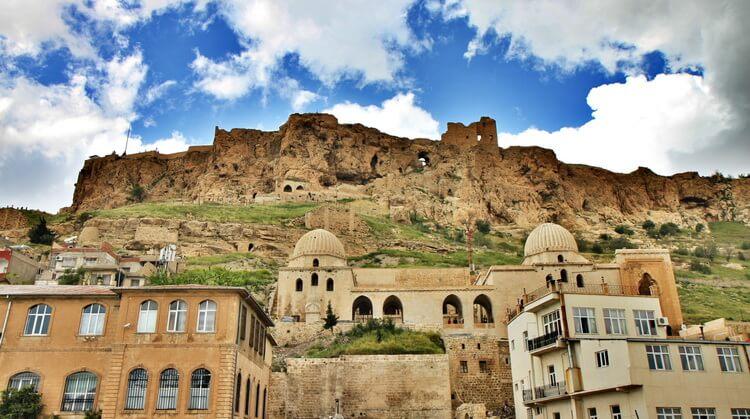 1 Mayıs Butik Antep Urfa Göbeklitepe Mardin Turu (Sabiha Gökçenden)